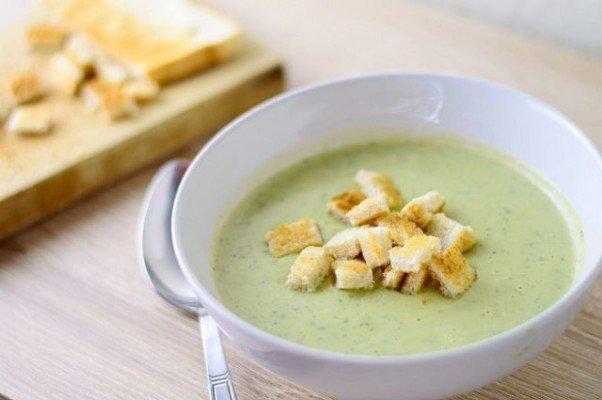 Крем-суп кабачковый с укропом