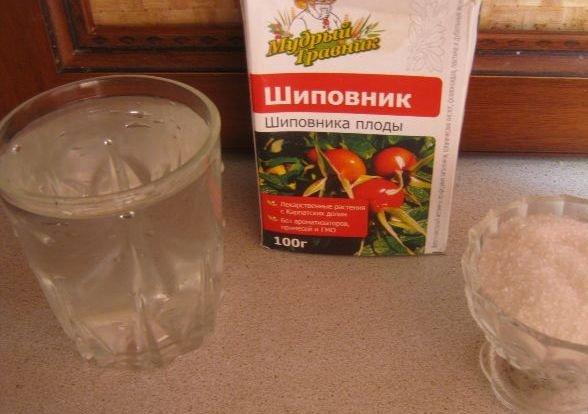 плоды шиповника, вода, сахар