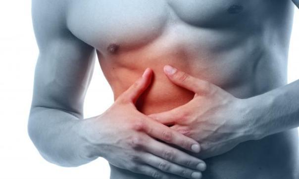 Боль справа под рёбрами и в верхней, центральной области живота.