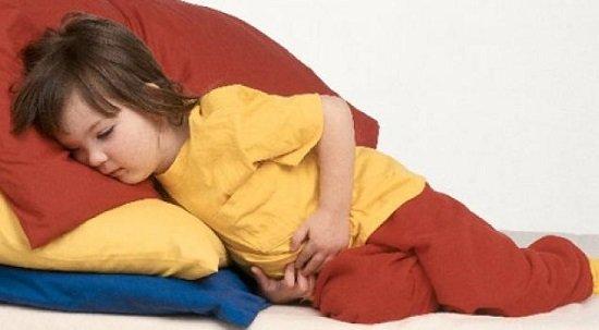 Виды, признаки и лечение колита у детей