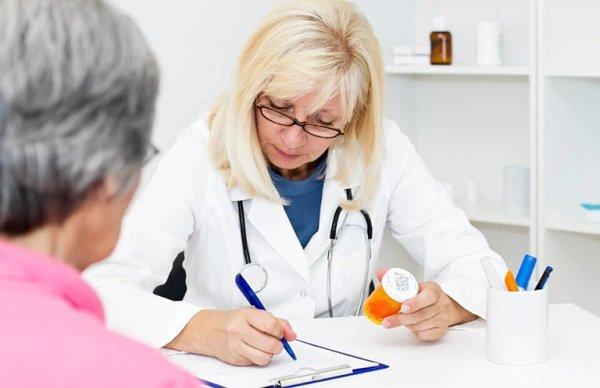 Подбор лекарственных средств проводится с учетом личных особенностей каждого больного острым гастритом