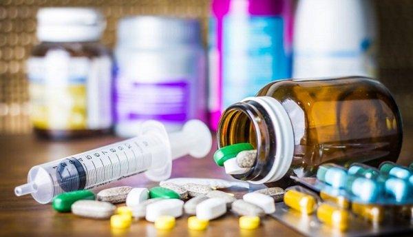 Когда причина патологии - дуодено-гастральный рефлюкс, обязателен прием препаратов, которые препятствуют забросу в желудок содержимого 12-перстной кишки.