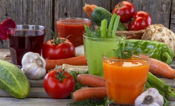 Очень полезны при язве желудка свежие овощные соки