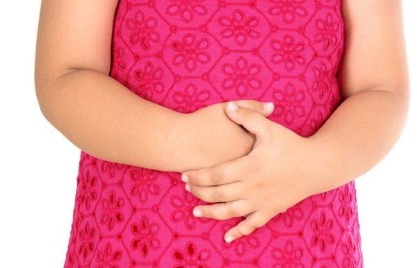 боль ноющего характера в области эпигастрии и в пилородуоденальной области - симптомы гастродуоденита у детей