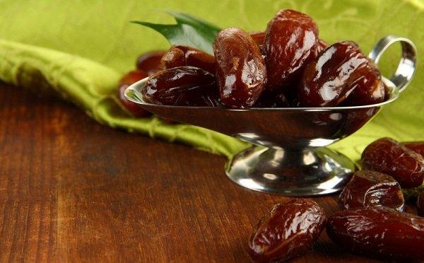 Какие сухофрукты полезны при панкреатите, а от каких стоит отказаться